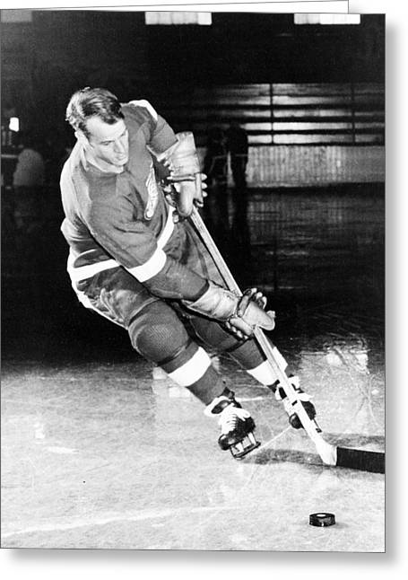 Red Wings Greeting Cards - Gordie Howe skating with the puck Greeting Card by Gianfranco Weiss