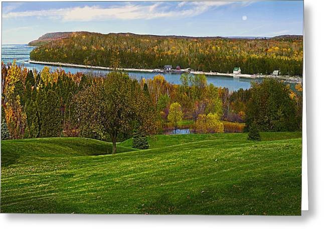 Grand View Scenic Overlook Greeting Card by Doug Kreuger