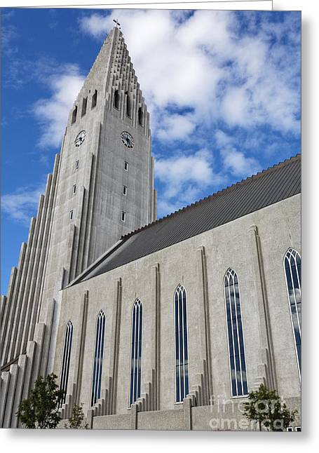 Modern Photographs Greeting Cards - Hallgrimskirkja Church Rejyjavik Greeting Card by Robert Preston