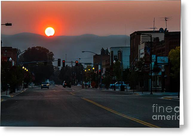 Stop Light Greeting Cards - Halo Sunrise Greeting Card by Robert Bales