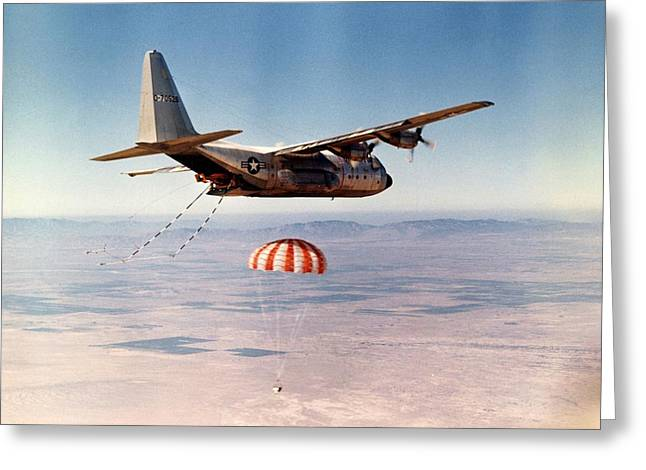 Grapple Greeting Cards - Hercules HC-130 capsule recovery, 1969 Greeting Card by Science Photo Library