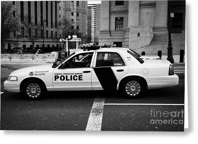 Manhaten Greeting Cards - Homeland Security Federal protective service white police car outside courthouse new york city Greeting Card by Joe Fox