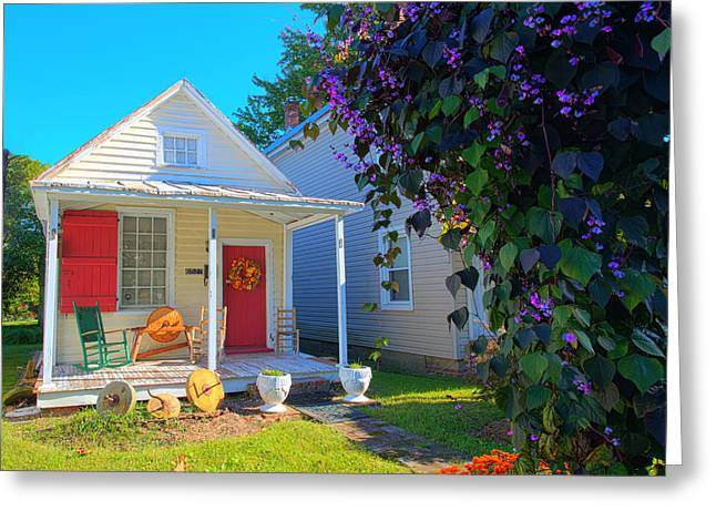 Confederate Monument Greeting Cards - House Gloucester Square Historic District Greeting Card by Greg Hager