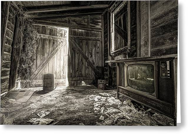 Reminiscent Greeting Cards - Inside Leos Apple Barn - The old television in the apple barn Greeting Card by Gary Heller