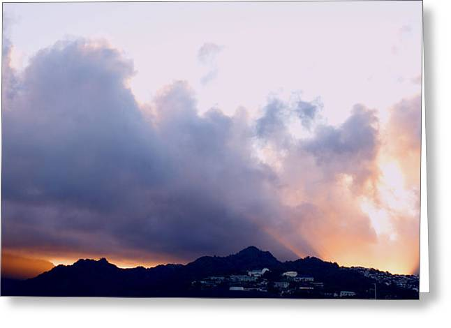 Kamehameha Sunrise Greeting Card by Kevin Smith