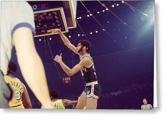 Los Angeles Lakers Greeting Cards - Kareem Abdul Jabbar Follow Through Greeting Card by Retro Images Archive