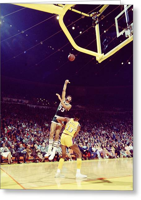 Los Angeles Lakers Greeting Cards - Kareem Abdul Jabbar Great Shot Greeting Card by Retro Images Archive