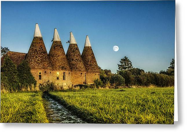 Hose Greeting Cards - Kentish Oast Houses Greeting Card by Ian Hufton