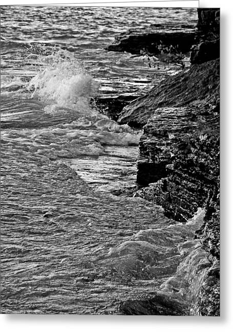 Layered Rock Greeting Cards - Lake Erie Waves Greeting Card by Dan Sproul