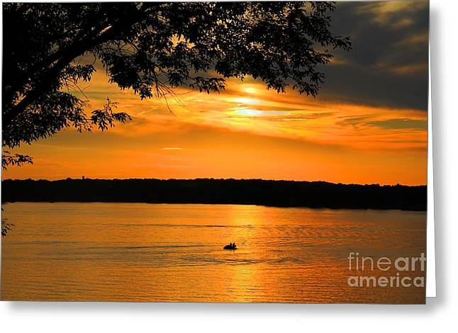 Lake Panarama sunset Greeting Card by Bob Hislop