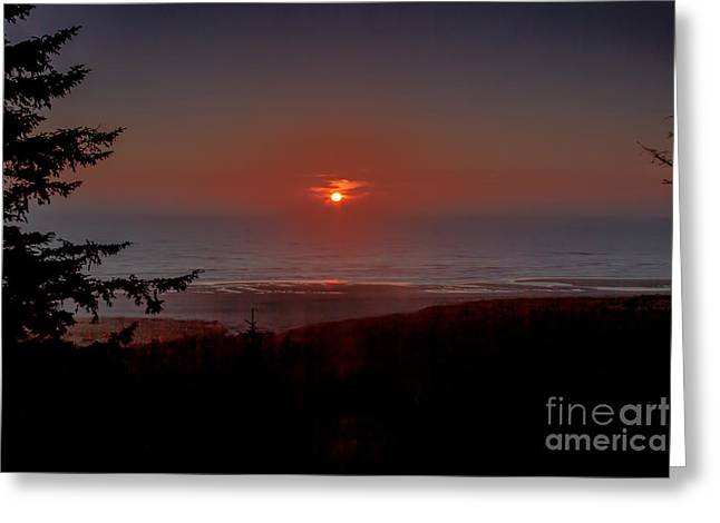 Peninsula State Park Greeting Cards - Last Of The Light Over The Pacific Greeting Card by Robert Bales