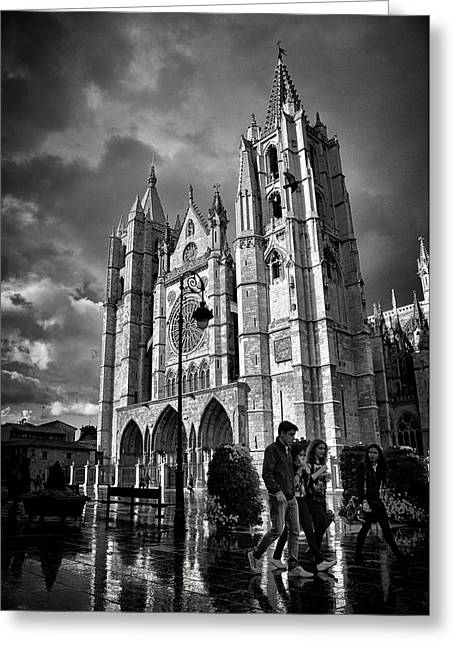 Leon Cathedral Greeting Card by Tom Bell