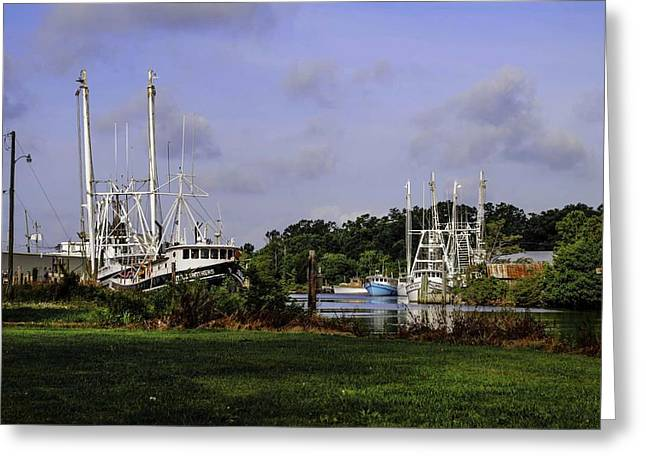 Crimson Tide Greeting Cards - Little Brothers and Miss Edie Greeting Card by Michael Thomas