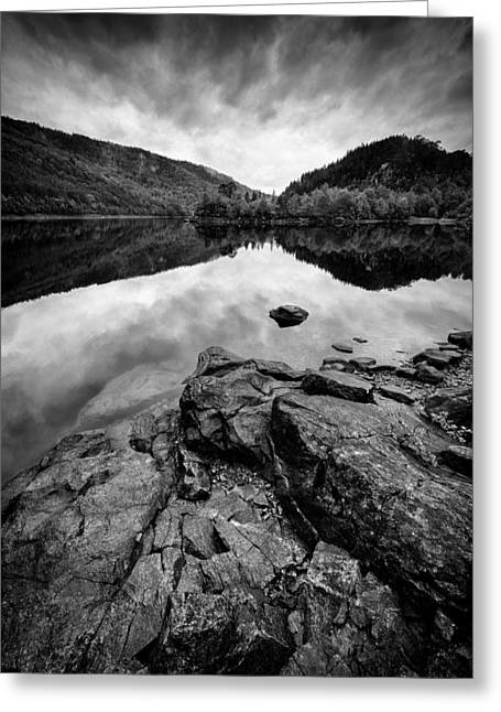 Reserve Greeting Cards - Loch Beinn a Mheadhoin Greeting Card by Dave Bowman