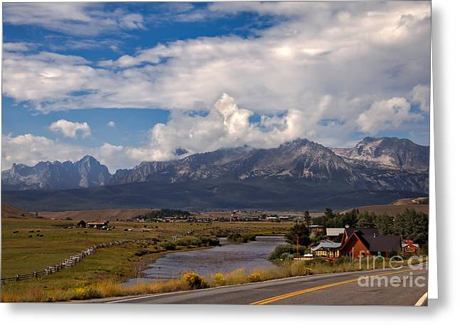 Lower Stanley  And The Valley Greeting Card by Robert Bales