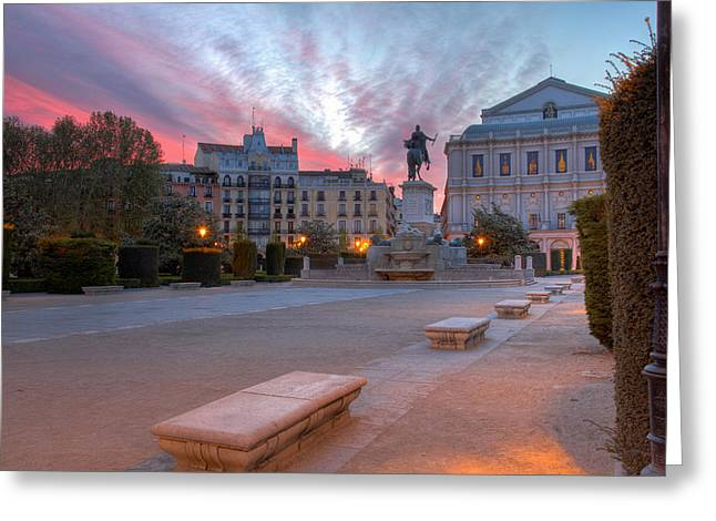 Town Square Greeting Cards - Madrid at dawn Greeting Card by Rob Van Esch