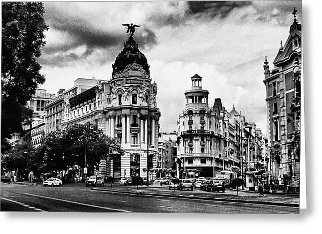 Streetphotography Greeting Cards - Madrid Metropolis BW Greeting Card by Pedro Fernandez