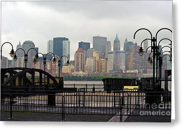 River View Greeting Cards - Manhattan Calls  Greeting Card by Ray Warren
