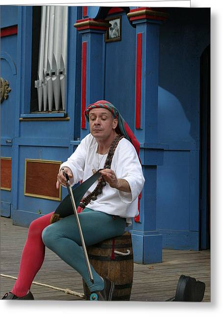 Comedian Greeting Cards - Maryland Renaissance Festival - A Fool Named O - 121254 Greeting Card by DC Photographer