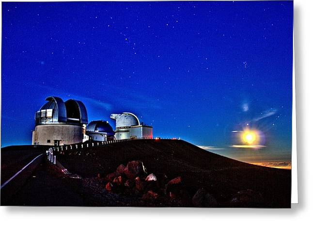 Mauna Kea at Moon Rise Greeting Card by Bob Kinnison