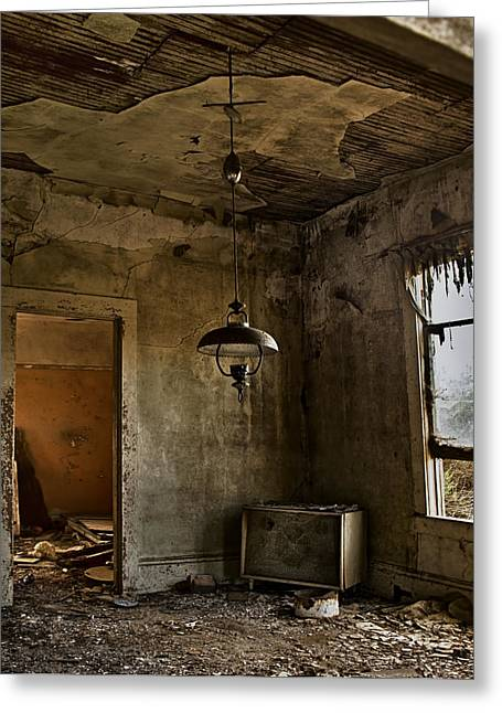 Dilapidated Houses Greeting Cards - Memories of Days Past Greeting Card by Lynn Andrews