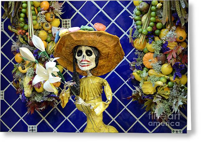 Del Muerto Greeting Cards - Mexican Style Statue Greeting Card by Phillip Flusche