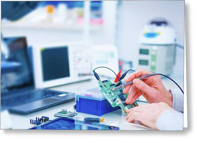Microprocessor In Lab Greeting Card by Wladimir Bulgar
