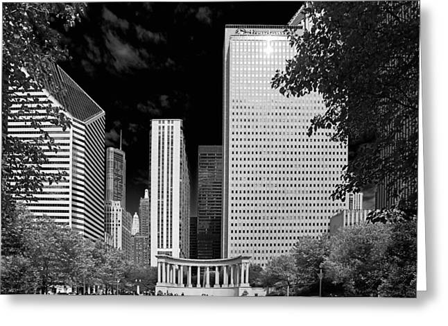 Horseshoe Greeting Cards - Millennium Park Monument - The Colonnade - Wrigley Square Chicago Greeting Card by Christine Till
