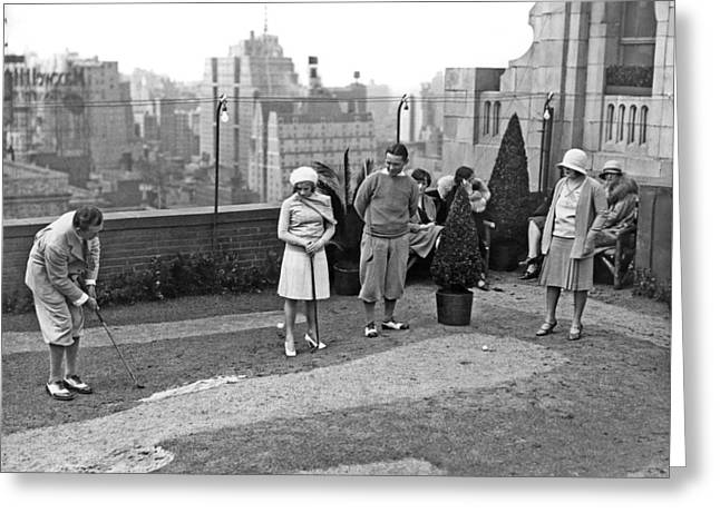 Miniature Golf In Ny City Greeting Card by Underwood Archives
