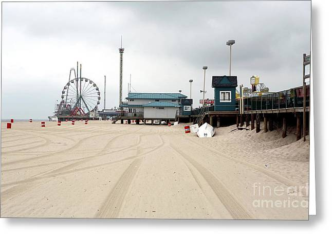 Morning At Seaside Heights Greeting Card by John Rizzuto