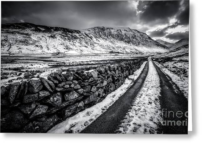 Black And White Hdr Greeting Cards - Nant Ffrancon Pass v2 Greeting Card by Adrian Evans