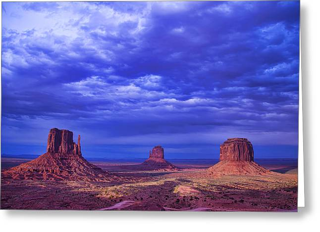 Navajo Tribal Park Greeting Cards - Navajo Monument Valley Greeting Card by Garry Gay