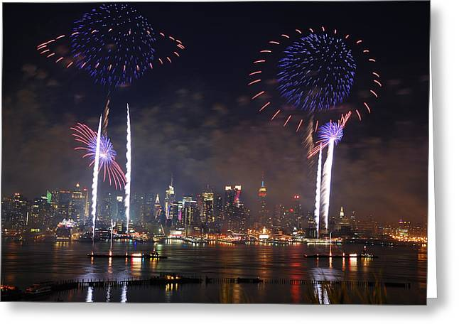 New York City fireworks show Greeting Card by Songquan Deng