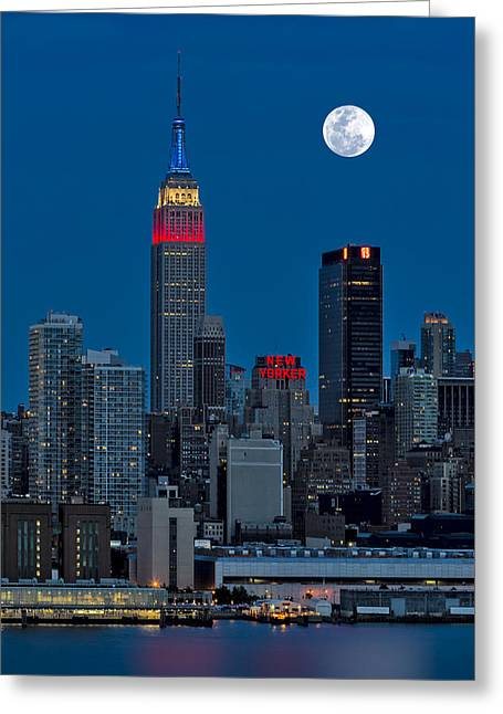 Full Moon Greeting Cards - New York City Moonrise  Greeting Card by Susan Candelario