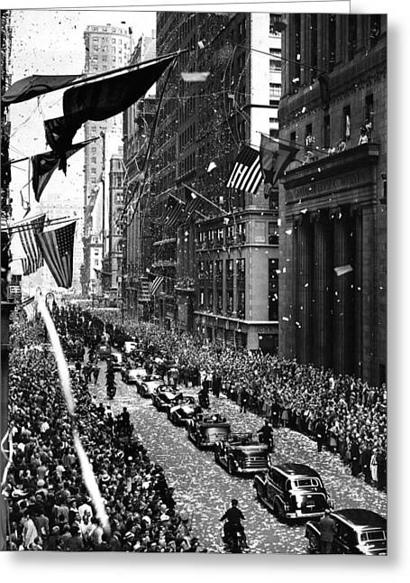 New York Ticker Tape Parade Greeting Card by Andrew Fare