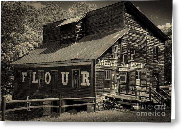 Old Maine Barns Greeting Cards - Old Barn Vermont Greeting Card by Rudy Viereckl