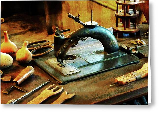 Old Fashioned Sewing Machine Greeting Card by Susan Savad
