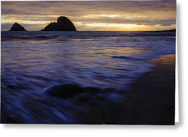 Reflection Of Sun In Clouds Greeting Cards - Oregon Coast Dramatic Sunset Greeting Card by Vishwanath Bhat