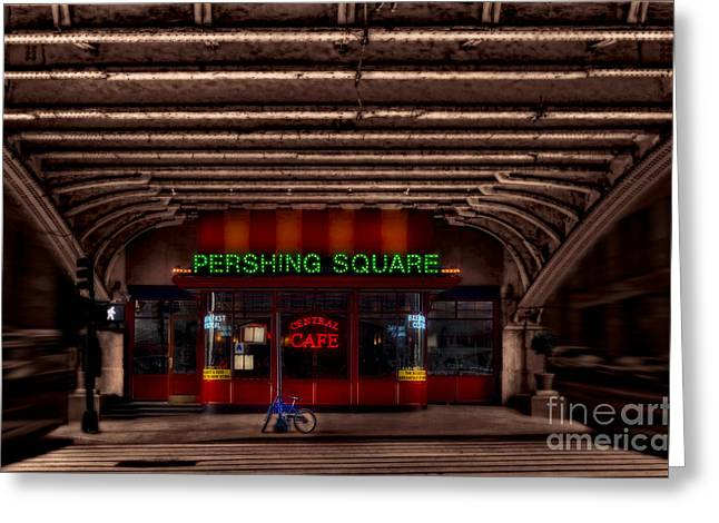 Nyc Greeting Cards - Pershing Square Cafe Greeting Card by Susan Candelario