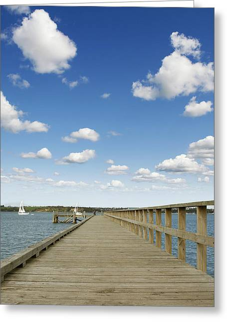 Boardwalk Greeting Cards - Pier Greeting Card by Les Cunliffe
