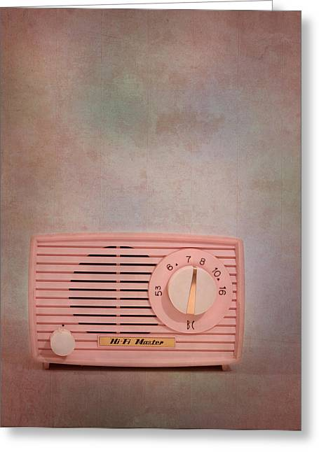 Mid Century Radio Greeting Cards - Pink AM Radio Greeting Card by David and Carol Kelly