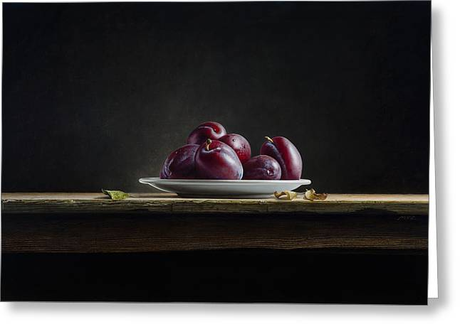 Photorealistic Greeting Cards - Plate with Plums Greeting Card by Mark Van crombrugge