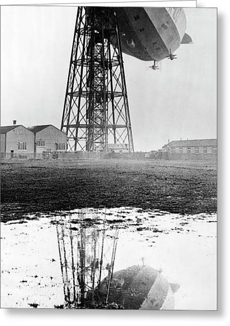 R100 Airship Greeting Card by Library Of Congress