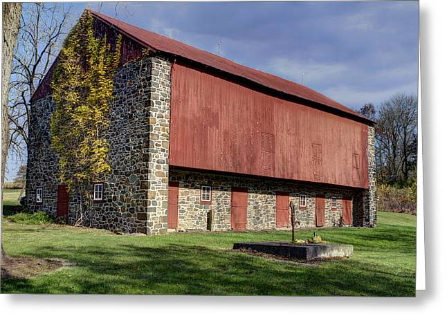 Red Roofed Barn Greeting Cards - Red Barn Greeting Card by Don Valentine