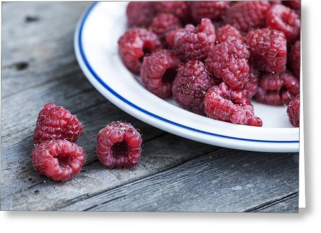 Rustic Photographs Greeting Cards - Red Raspberries Greeting Card by Juli Scalzi