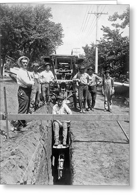 Road Workers In La Greeting Card by Underwood Archives