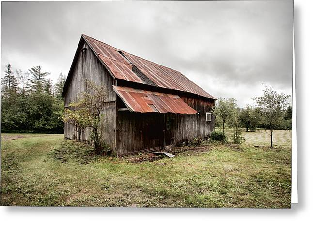 Rusty Tin Roof Barn Greeting Card by Gary Heller