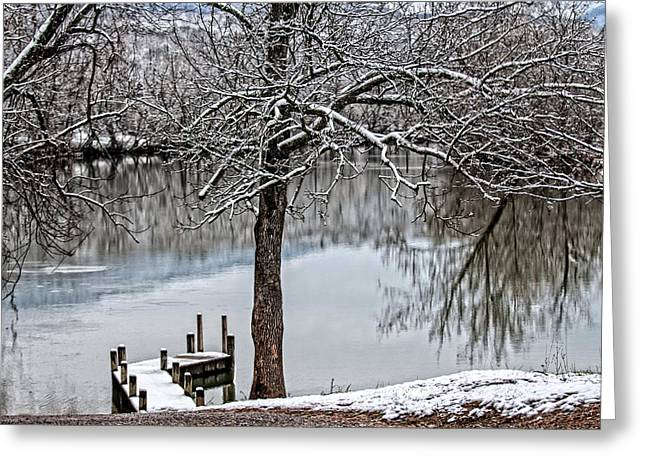 Shenandoah Winter Serenity Greeting Card by Lara Ellis