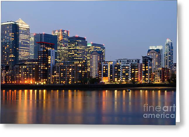 Skyline Of Canary Wharf In London Greeting Card by Bill Cobb