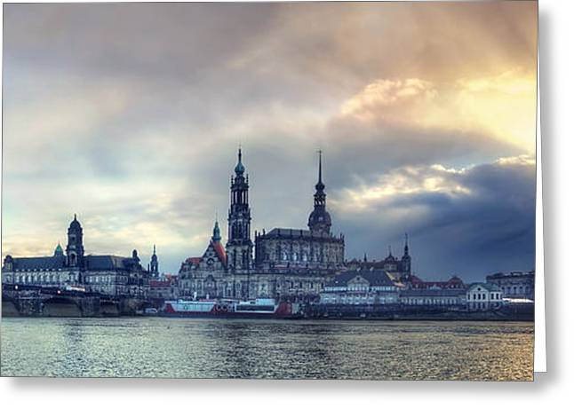 Himmel Pyrography Greeting Cards - Skyline Greeting Card by Steffen Gierok
